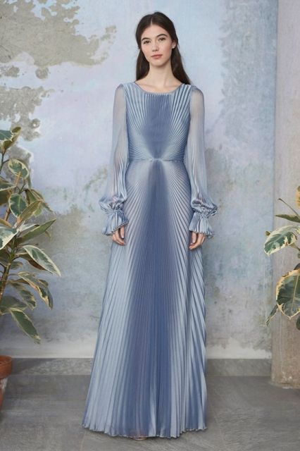 Model Long Dress Simple 2019