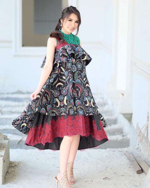 Model Dress Batik Ruffle 2019