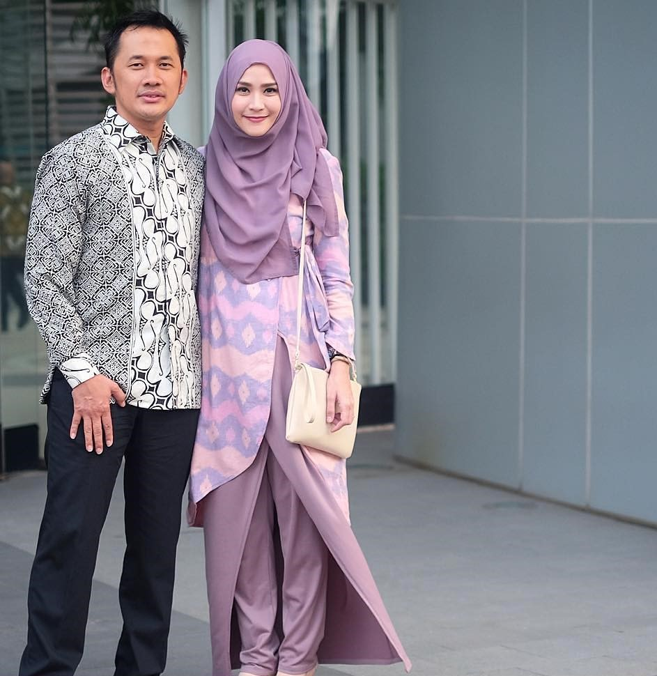Baju Pesta Batik Couple